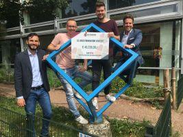 Uitreiking cheque Lego studio basisschool De Kubus